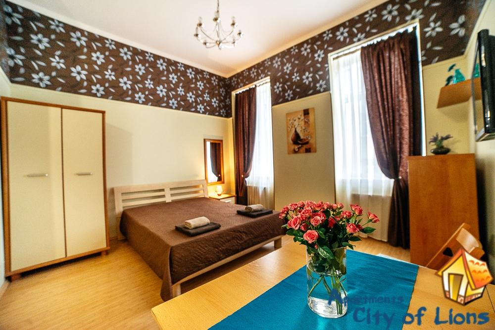 Посуточно квартира во Львове, ул Курбаса 8 | City of Lions