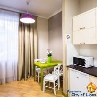 апартаменти подобово на проспекті Свободи, 25, люкс (6)
