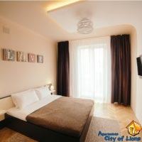 2-х комнатная квартира на ул Гнатюка, 3, центр